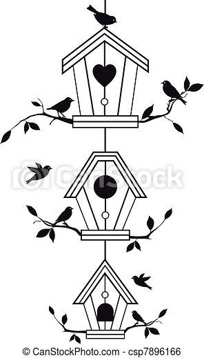 은 분기한다, birdhouses, 나무 - csp7896166