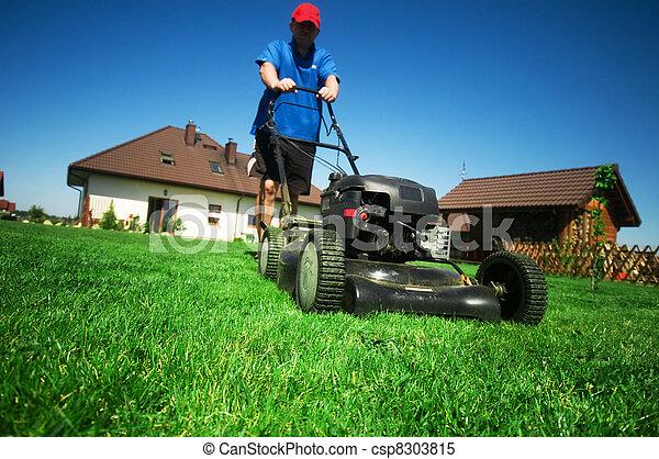 잔디를 깎는 것 - csp8303815