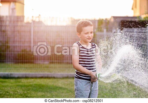garden., 소년, 거의, 해수욕장의, 아이, 풀 - csp38212501